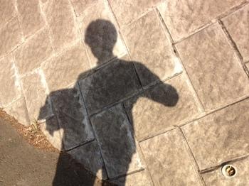 自分の影写真.jpg