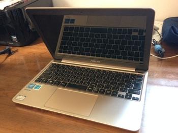 ノートパソコンのE200H.jpg