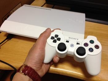 中古で買ったプレステ3(PS3).jpg
