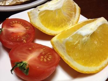 今日の夕飯のデザート.JPG